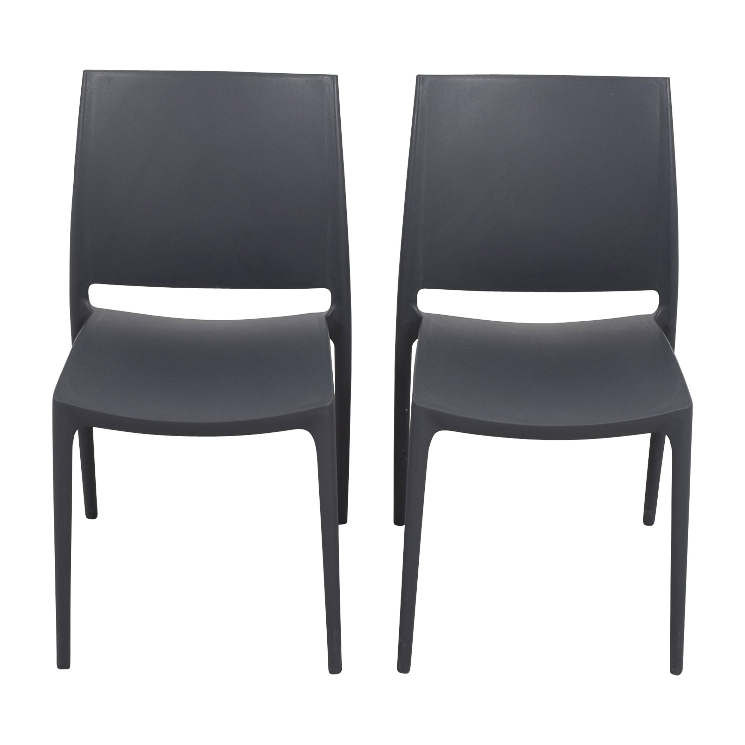 87 Off Grey Molded Plastic Chairs Chairs