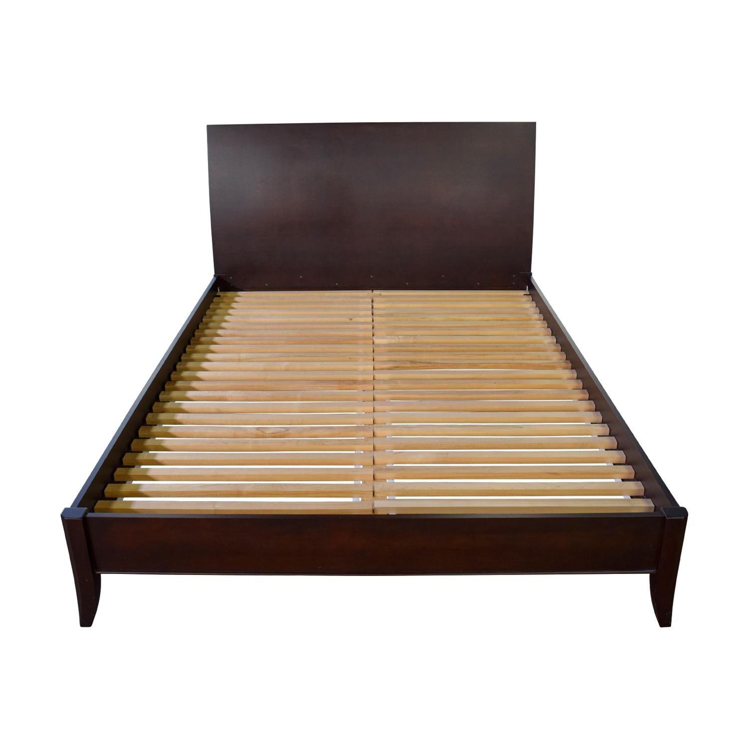 Baronet Canada Baronet Canada Wood Queen Platform Bed Frame second hand