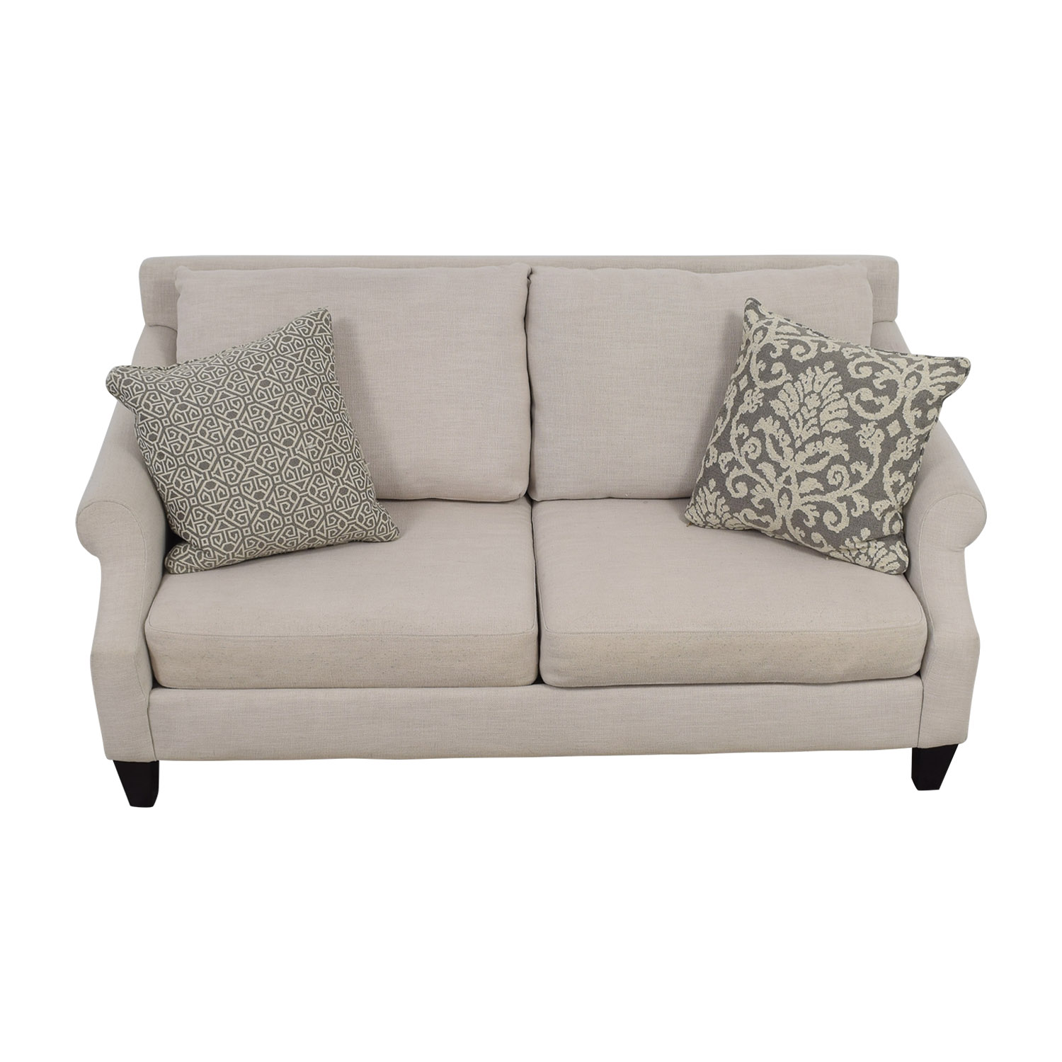 Rooms To Go Rooms To Go Beige Two-Cushion Loveseat used