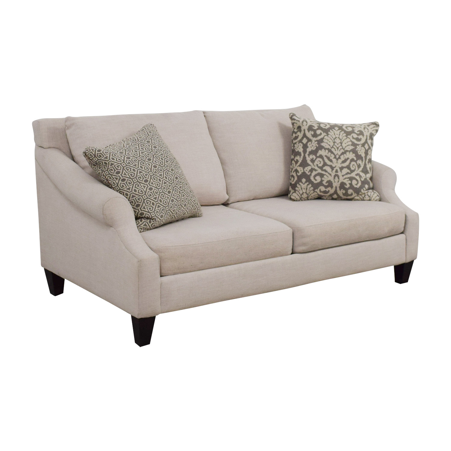 59 off rooms to go rooms to go beige two cushion loveseat sofas rh kaiyo com rooms to go reclining sofa and loveseat rooms to go leather sofas and loveseats