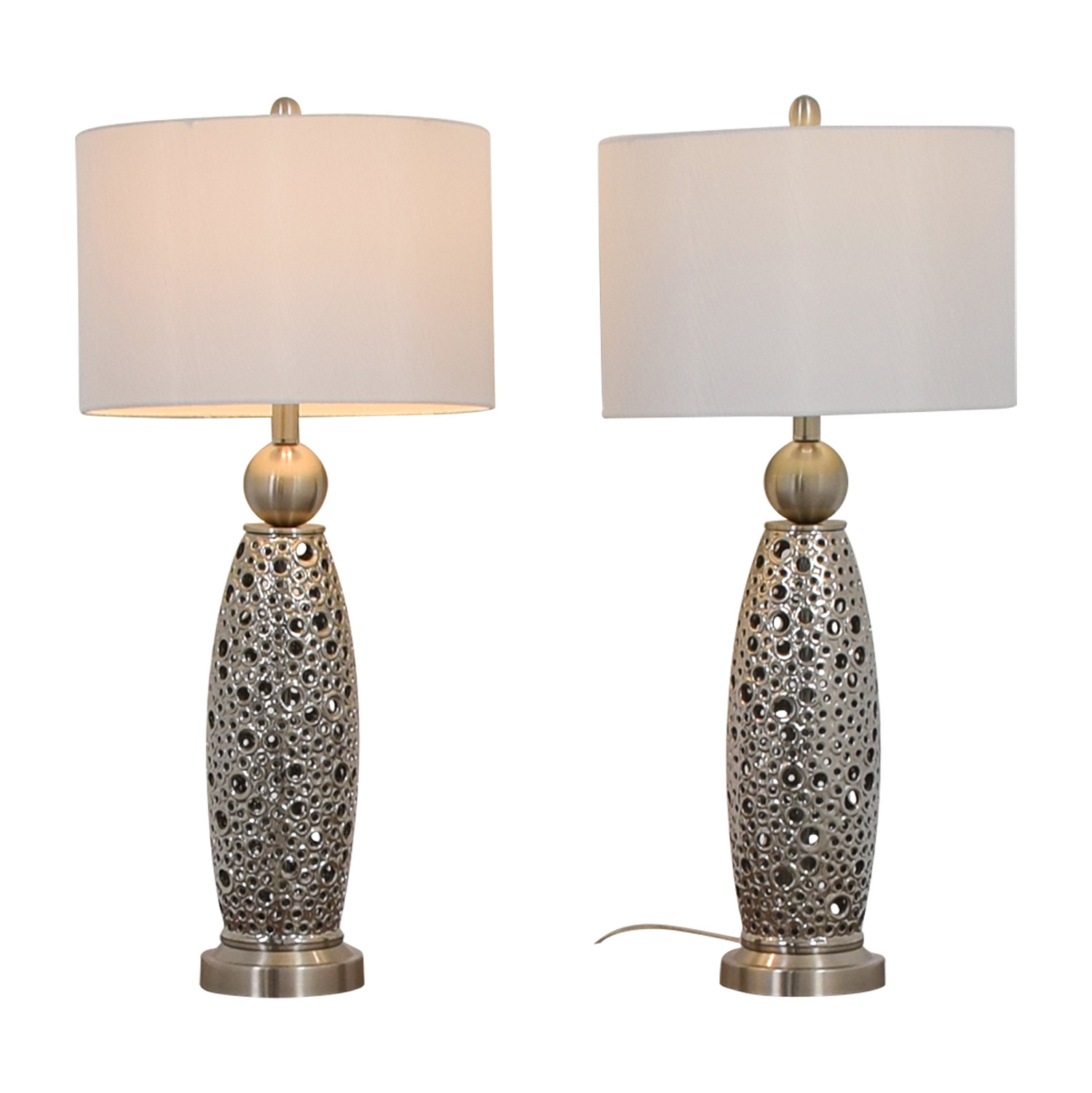 Rooms To Go Rooms To Go Filigree Circle Silver Lamps used