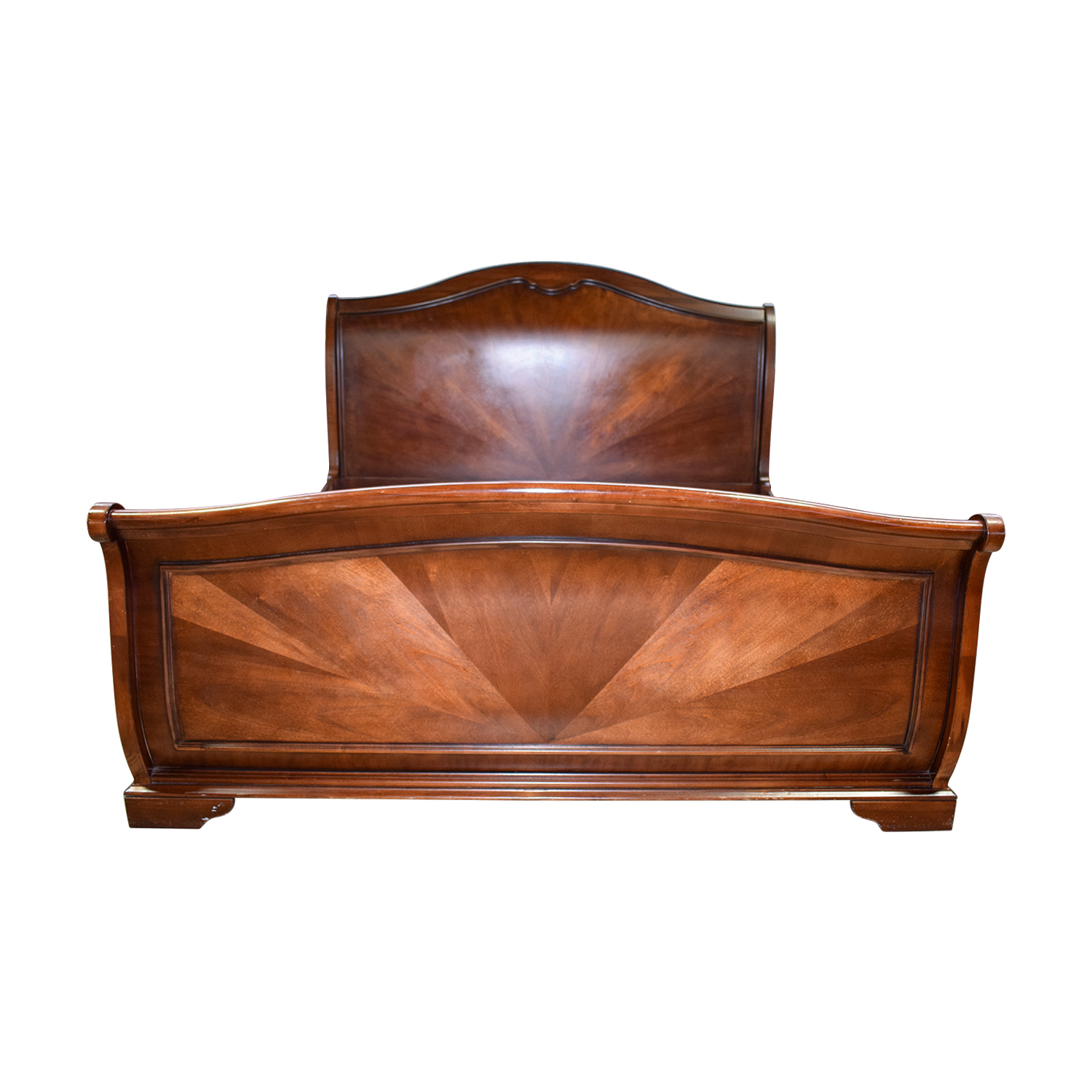 Raymour & Flanigan Raymour & Flanigan Wood King Sleigh Bed brown