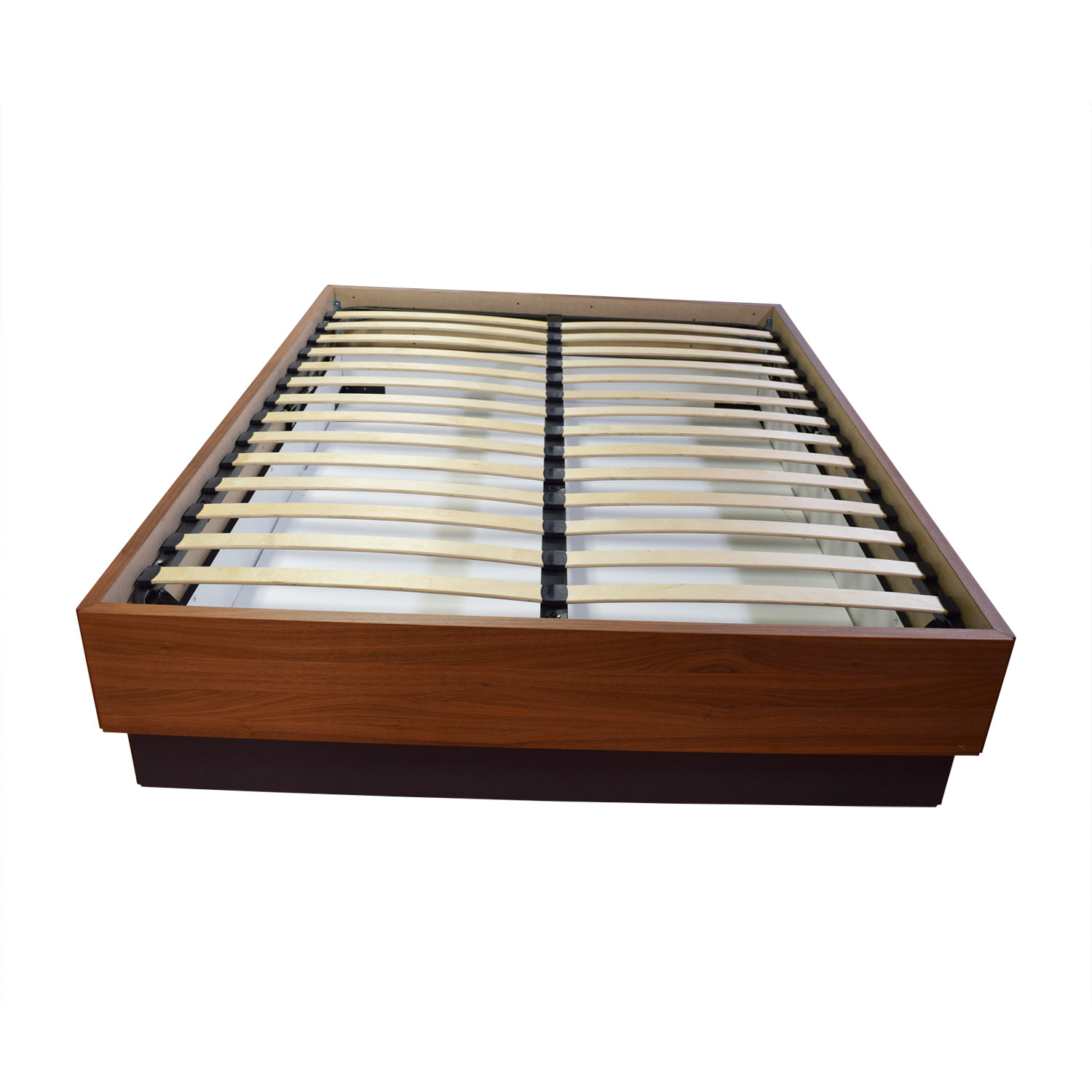 59 Off Bo Concept Bo Concept Queen Platform Wood Bed
