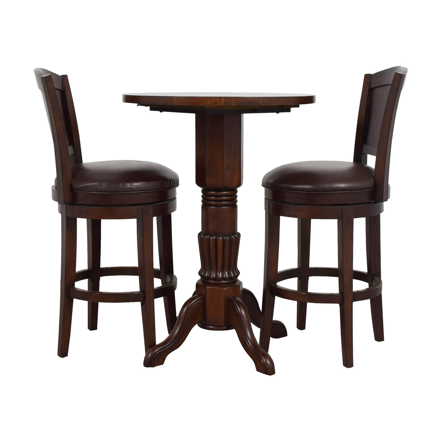 Shop Raymour U0026 Flanigan Pub Table And Stools Set Raymour U0026 Flanigan Tables