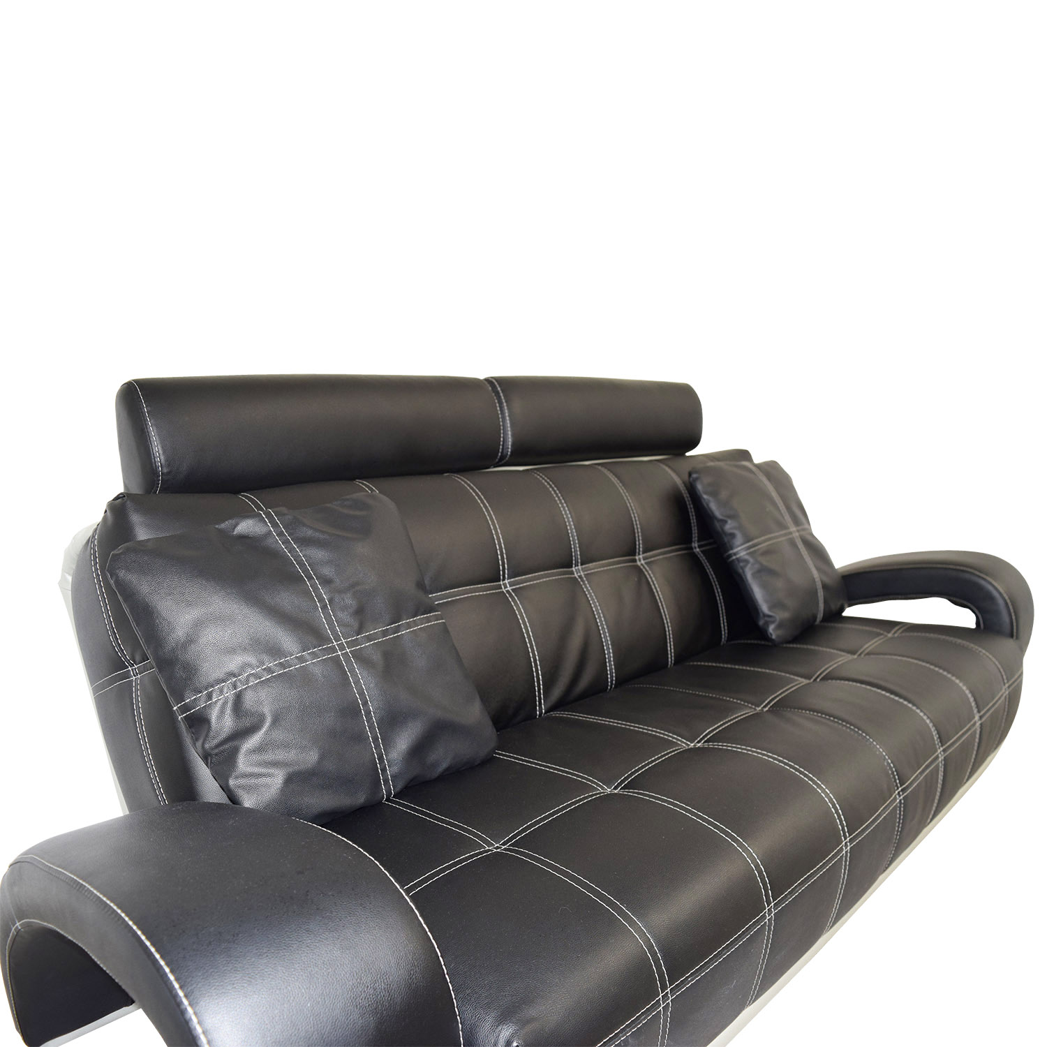 Second Hand Leather Sofas Gosport: Black Leather Sofa With Pillows / Sofas