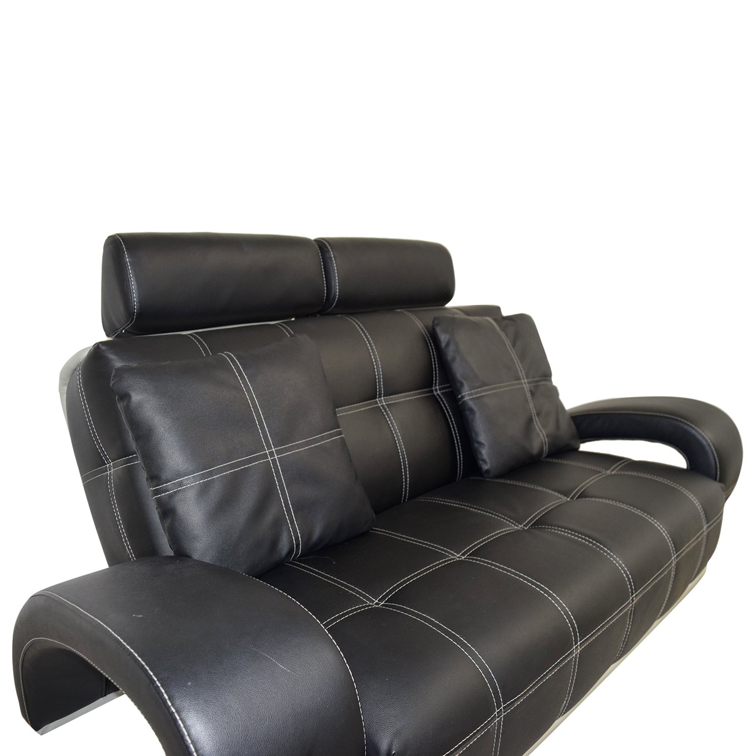 56 off black leather love seat with pillows sofas. Black Bedroom Furniture Sets. Home Design Ideas
