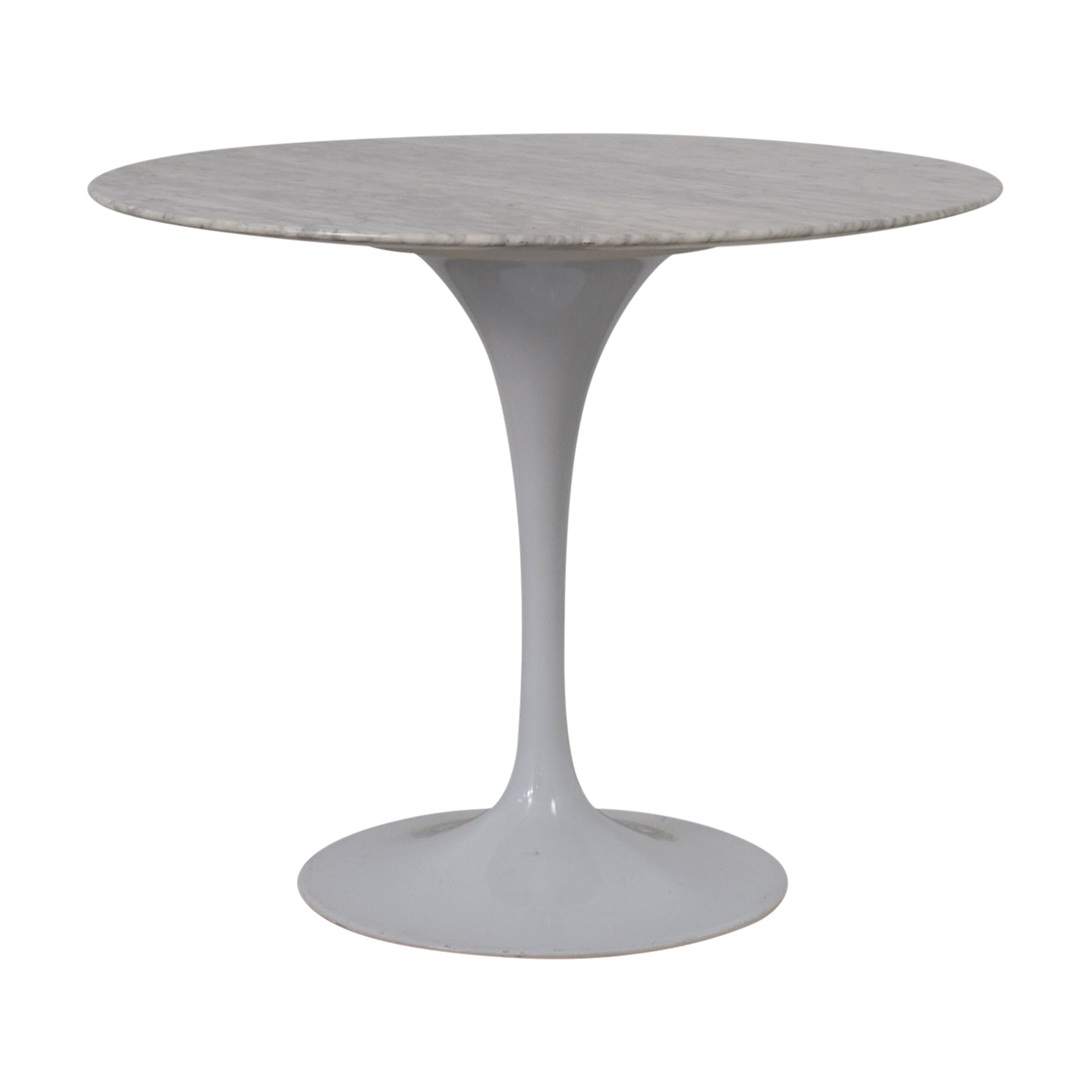 Knoll Knoll Saarinen with Carrara Marble Dining Table