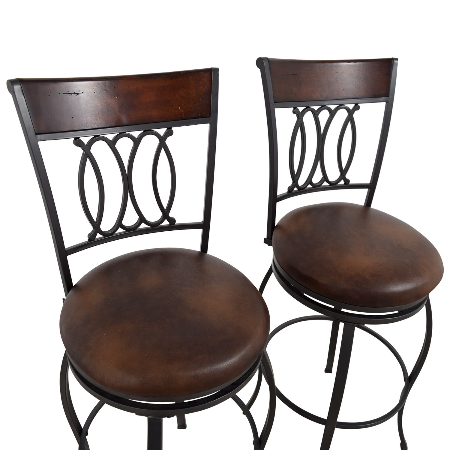 57 Off Bob 39 S Furniture Bob 39 S Furniture Brown Swivel Bar Stools Chairs