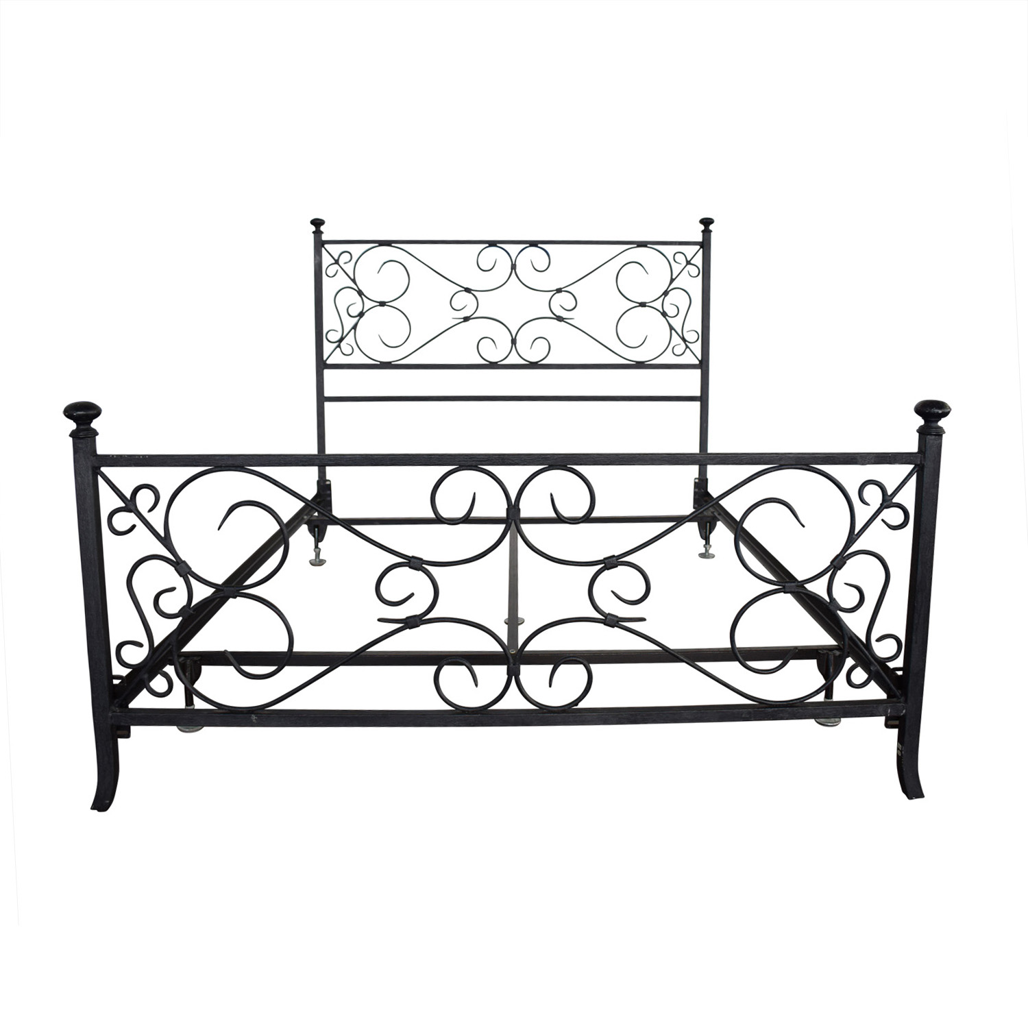 Pottery Barn Pottery Barn Wrought Iron Queen Bedframe nj