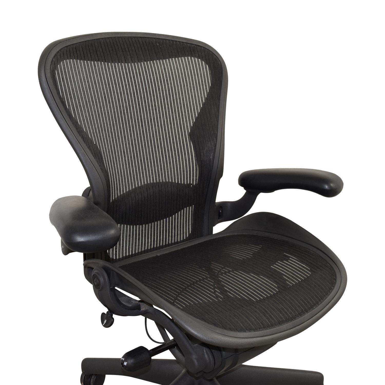 Herman Miller Herman Miller Aeron Black Chair BLACK