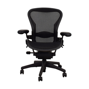 Herman Miller Herman Miller Aeron Black Chair dimensions