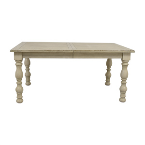 Raymour & Flanigan Raymour & Flanigan Dining Table with Extention Leaf nj