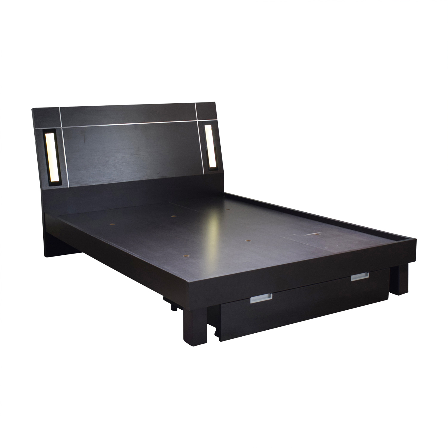 56 Off Platform Queen Bed Frame With Lighting And
