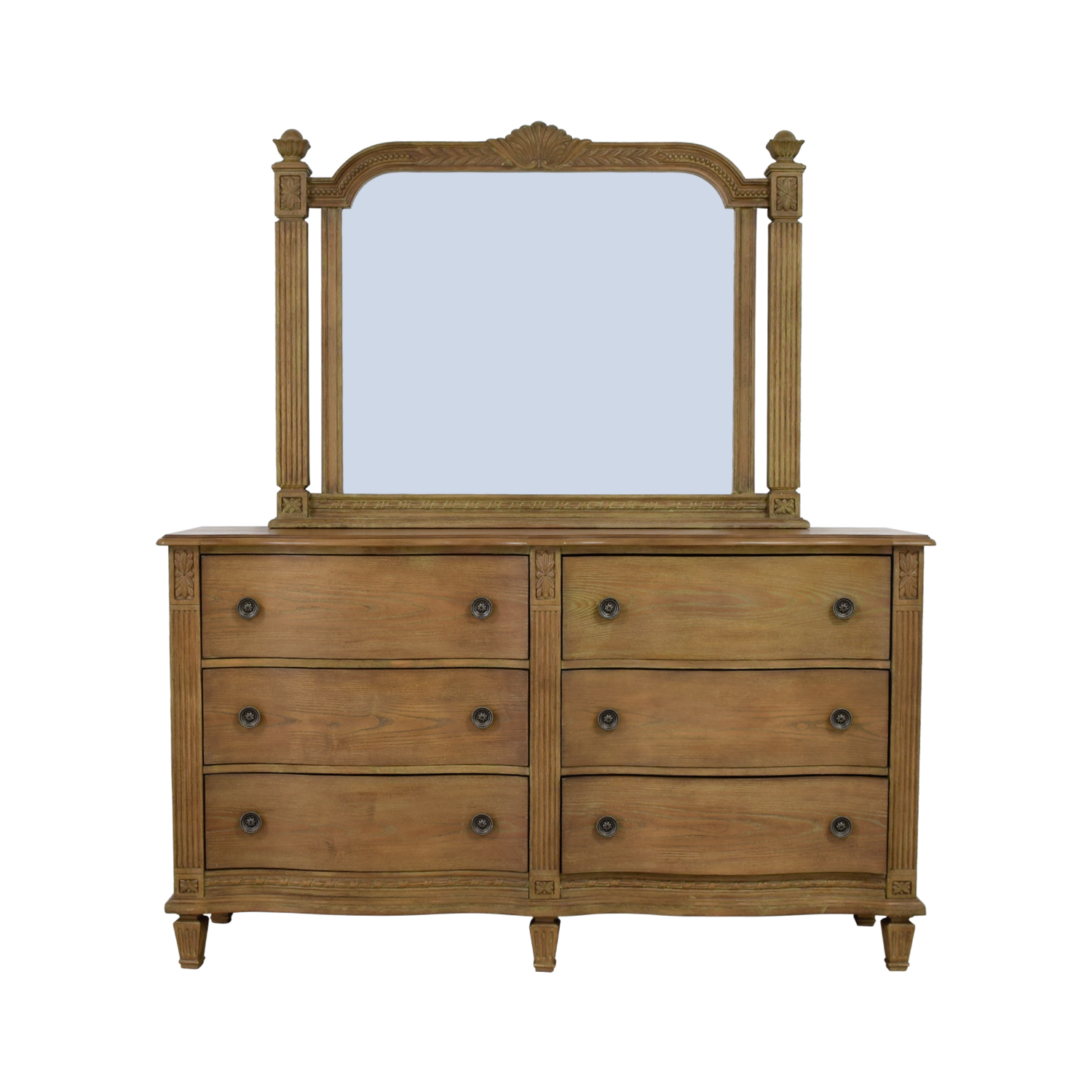 Raymour & Flanigan Raymour & Flanigan Natural Six-Drawer Dresser LIGHT BROWN