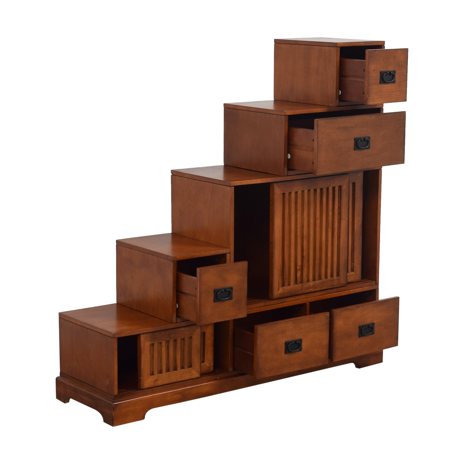 Incroyable ... Tansu Step Chest Used ...