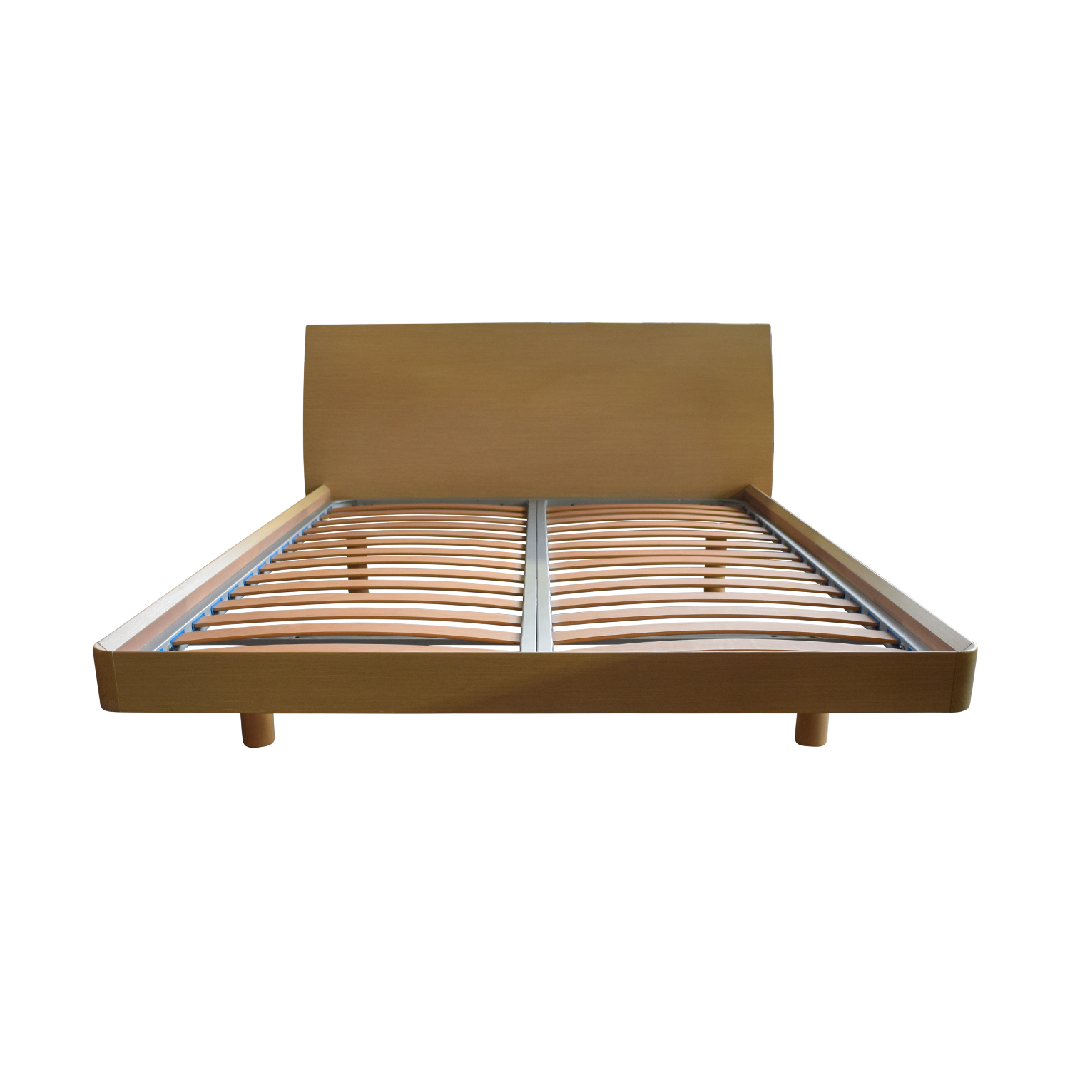Jesse  Furniture Jesse  Furniture Wood Queen Platform Bed used