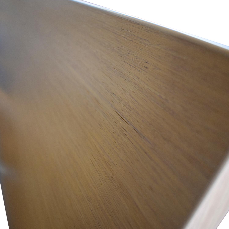 Jesse  Furniture Jesse  Furniture Wood Queen Platform Bed discount