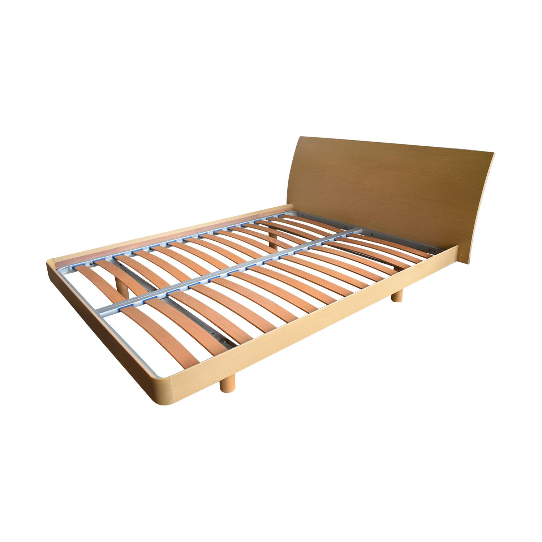 Jesse  Furniture Wood Queen Platform Bed sale