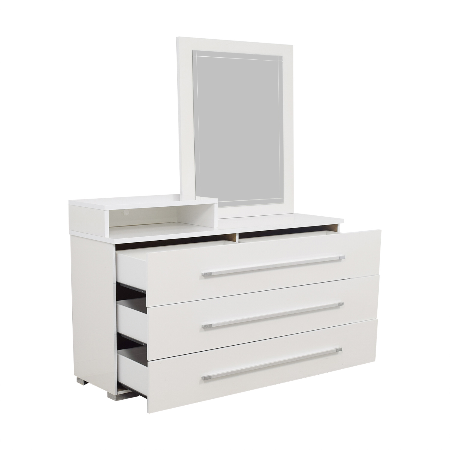 Value City Furniture Value City Furniture White Dresser with Deck and Mirror Storage