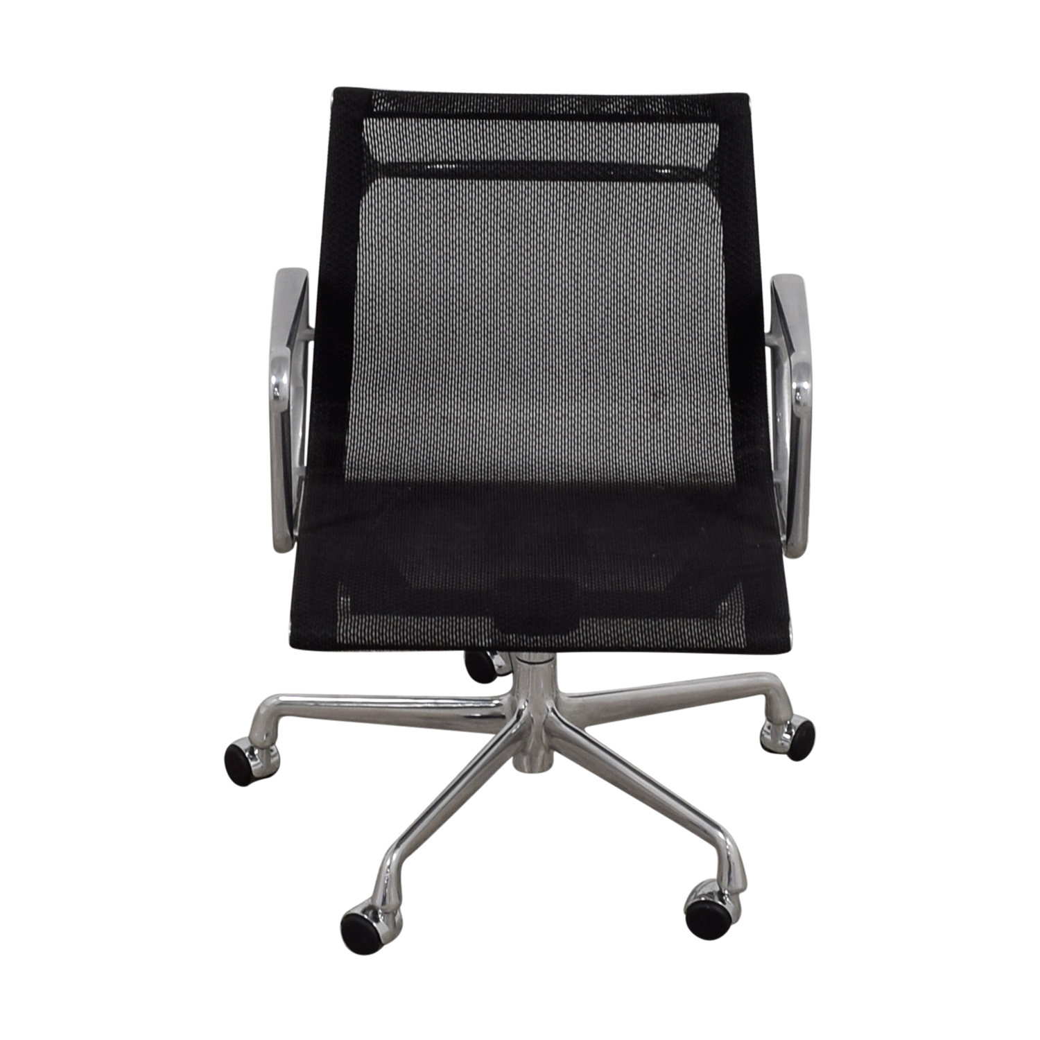 shop Eames Aluminum Group Management Mesh Chair Eames Aluminum Group Chairs