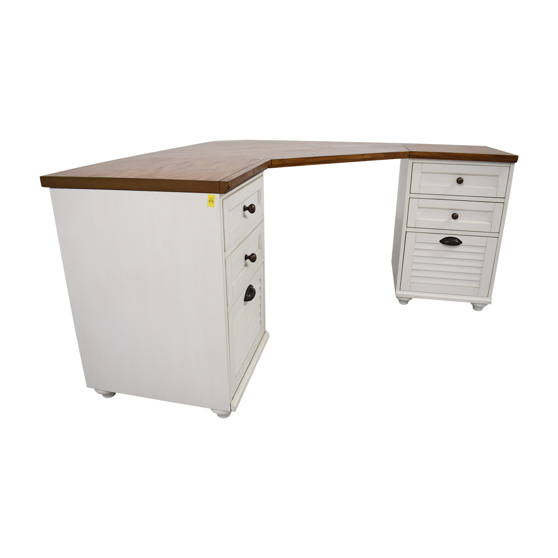 81% OFF - Pottery Barn Pottery Barn Whitney Corner Desk / Tables