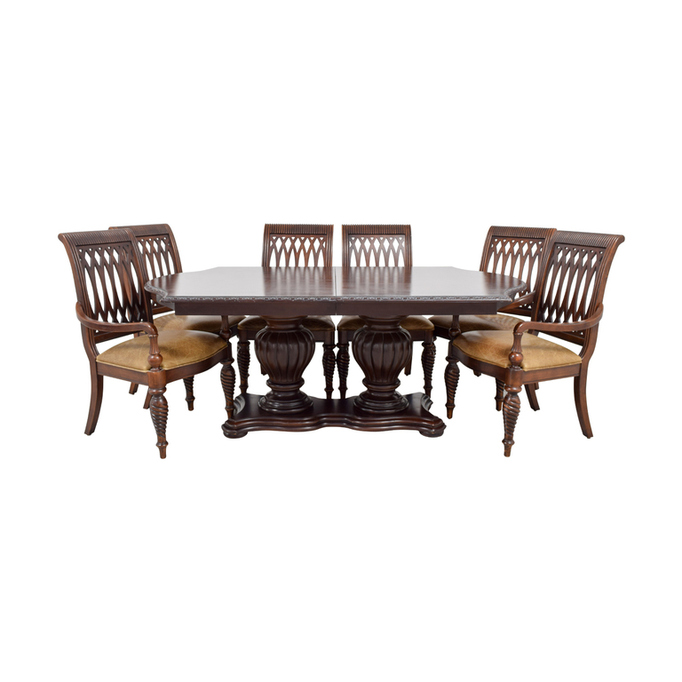 Bernhardt Bernhardt Cherry Double Pedestal Table Dining Set used