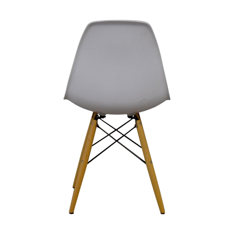 Vortex Vortex Eames White Chair