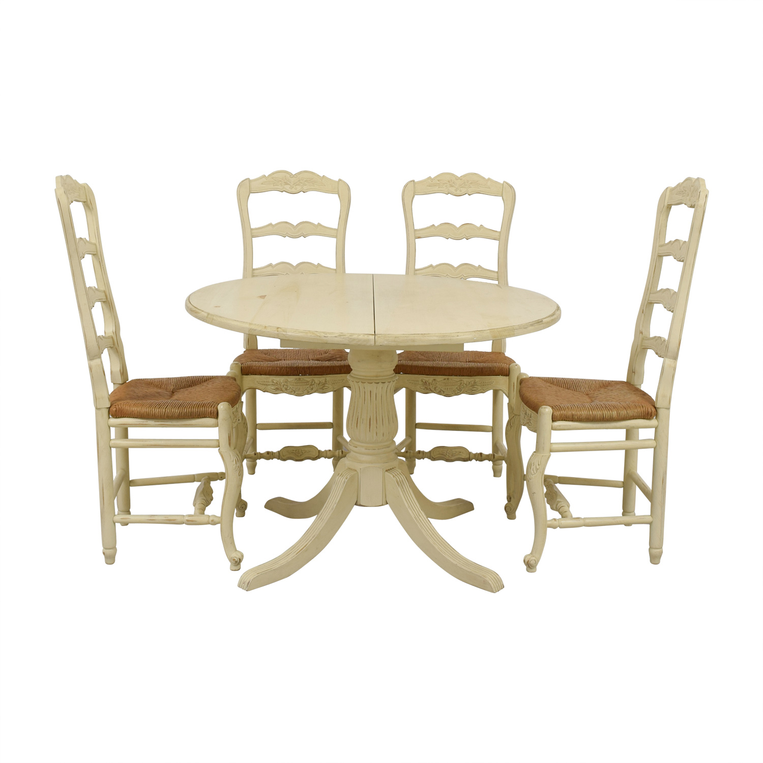 Habersham Habersham White Bone Round Dining Set with Leaf Extention second hand