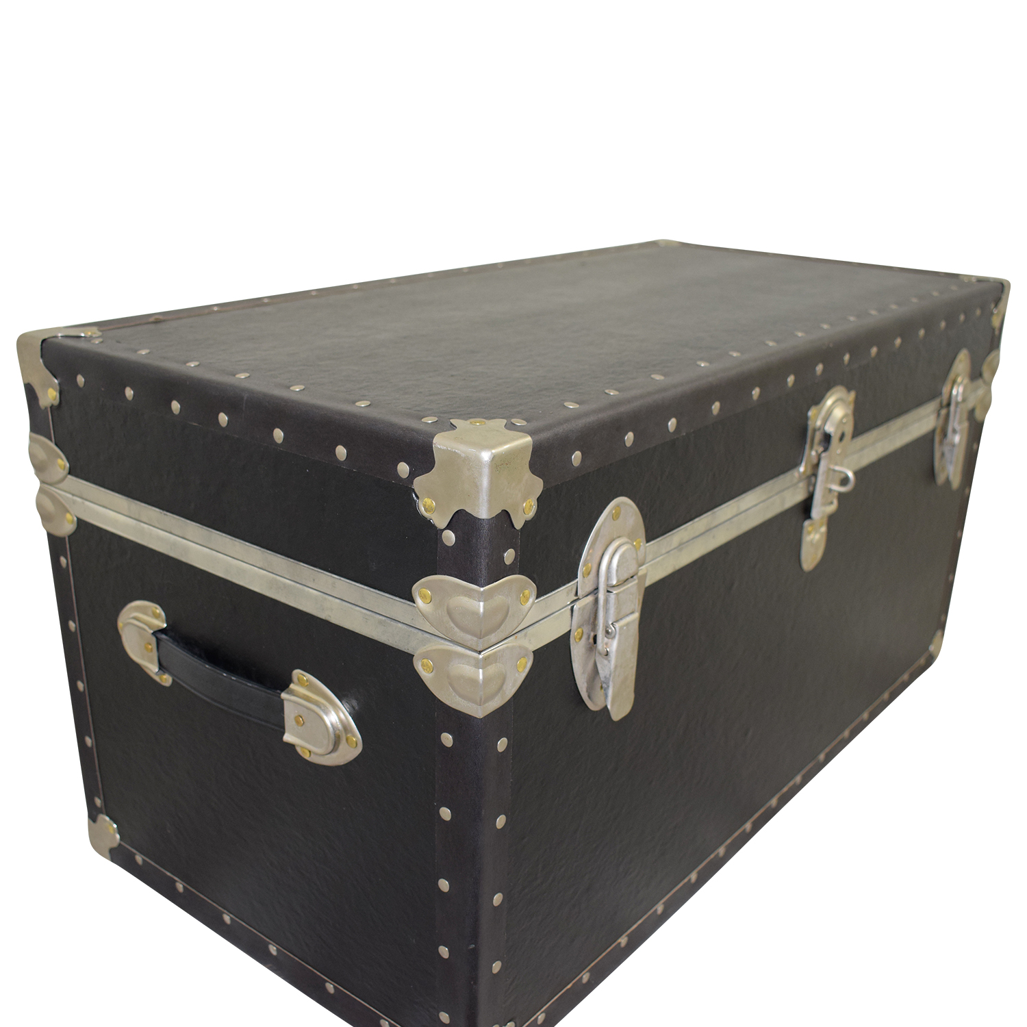 Black & Metal Trunk nj