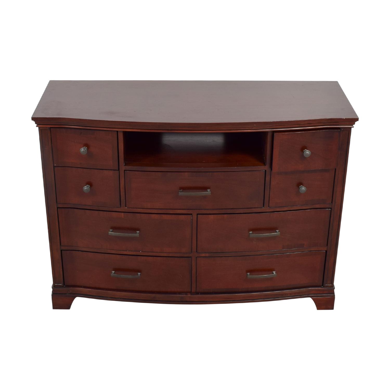 Universal Furniture Universal Furniture Wood Nine-Drawer Dresser Storage