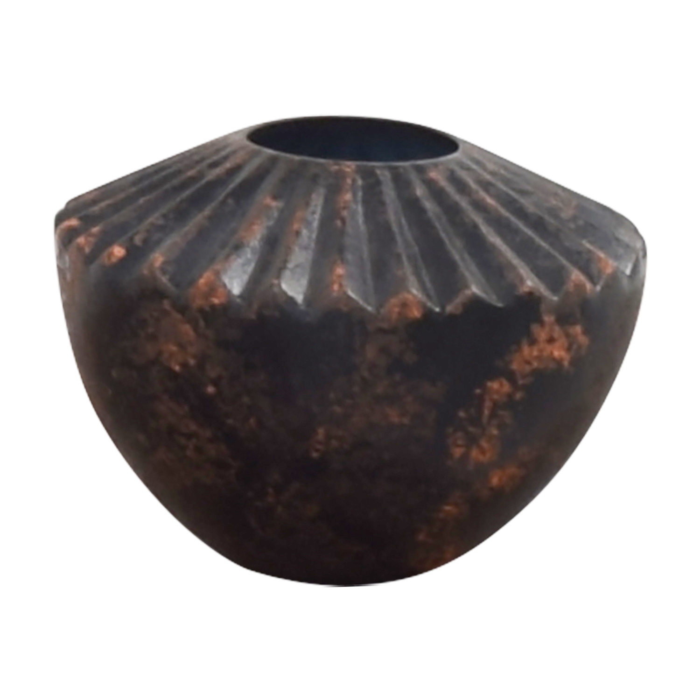 buy Vanguard Accents Ceramic Vase Vanguard Accents Decorative Accents
