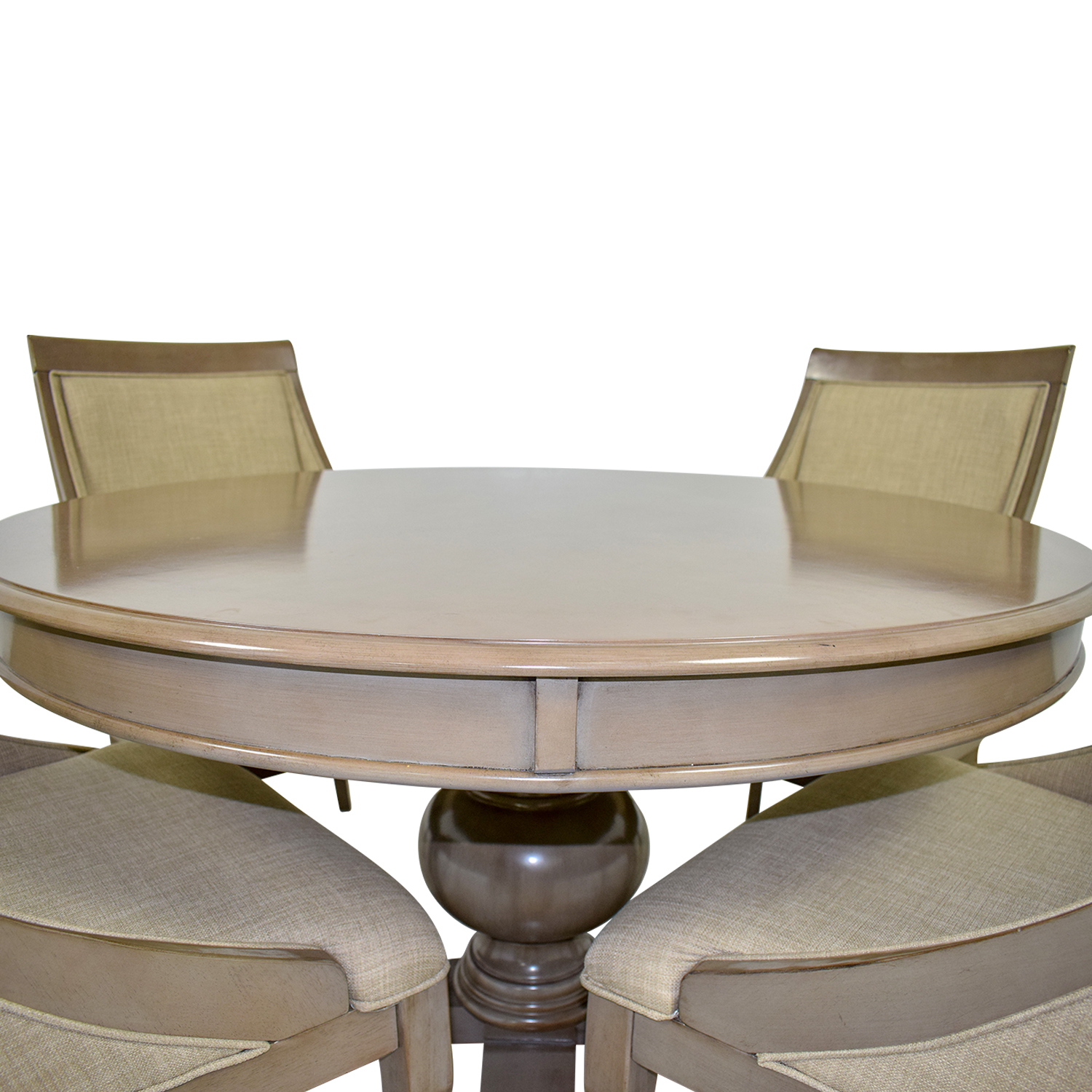 72 Off Bob S Discount Furniture Bob S Furniture Gatsby Round Dining Set With Swoop Chairs Tables
