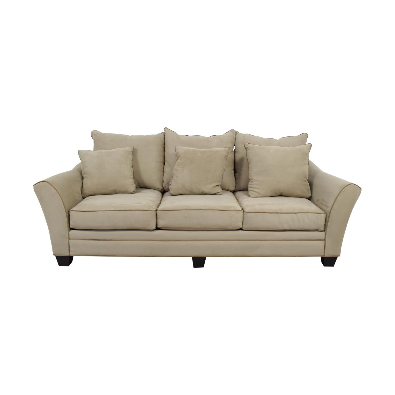 Raymour & Flanigan Raymour & Flanigan Beige Three-Cushion Sofa Classic Sofas