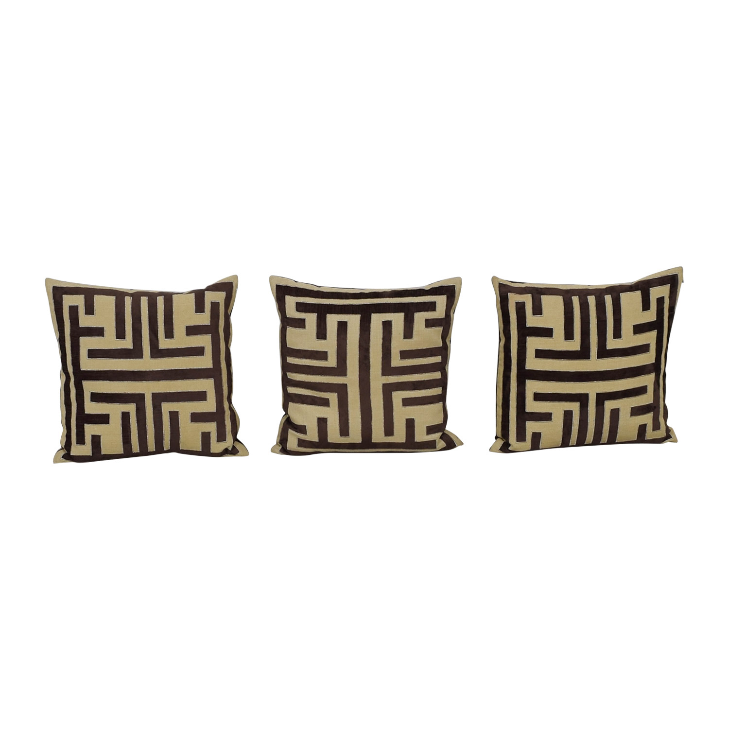 Z Gallerie Z Gallerie Labyrinth Brown and Beige Pillows dimensions