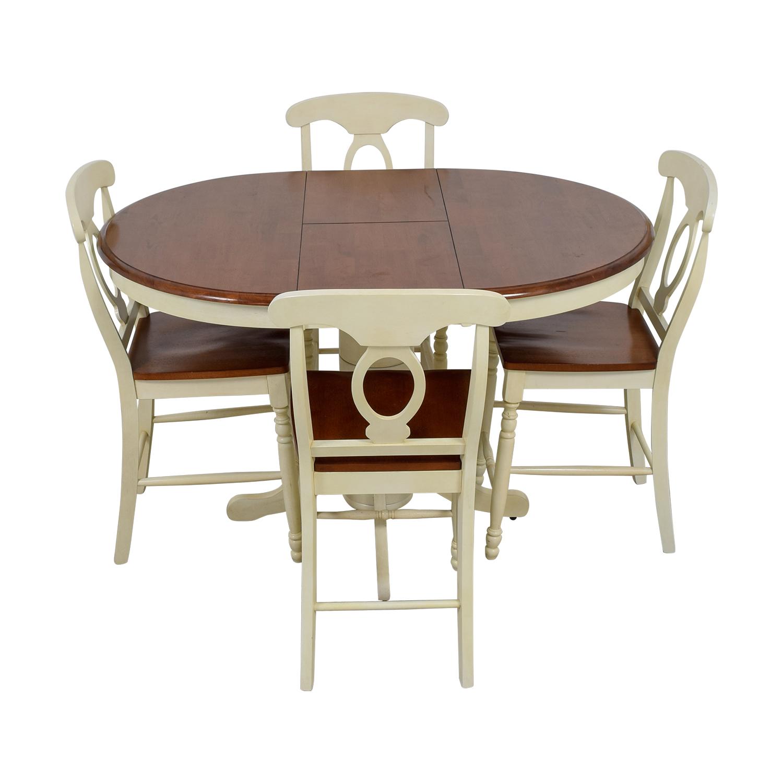Merveilleux 78% OFF   Raymour U0026 Flanigan Raymour U0026 Flanigan Kenton II Extendable Dining  Set / Tables