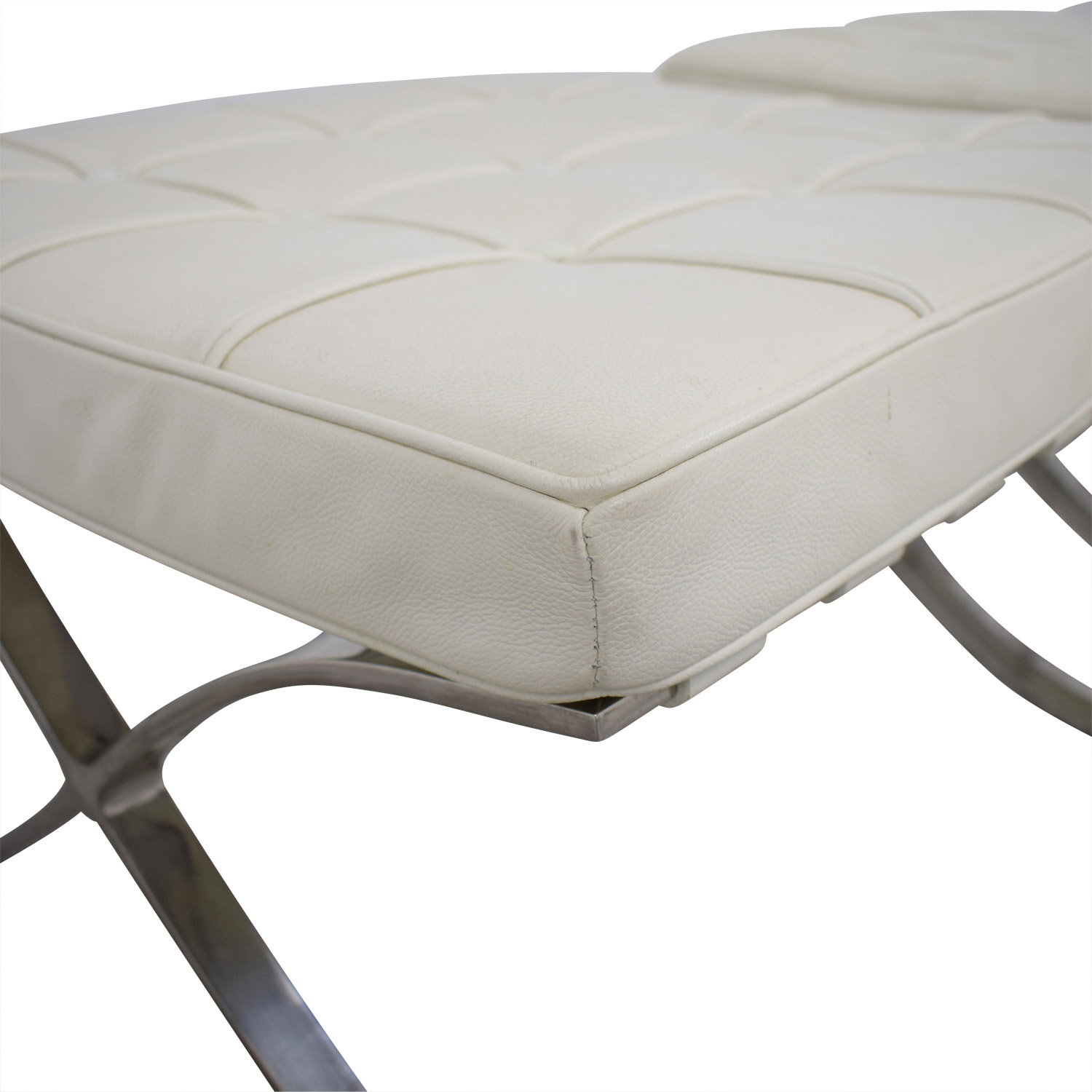 79 Off Barcelona Style White Tufted Leather Ottomans Chairs