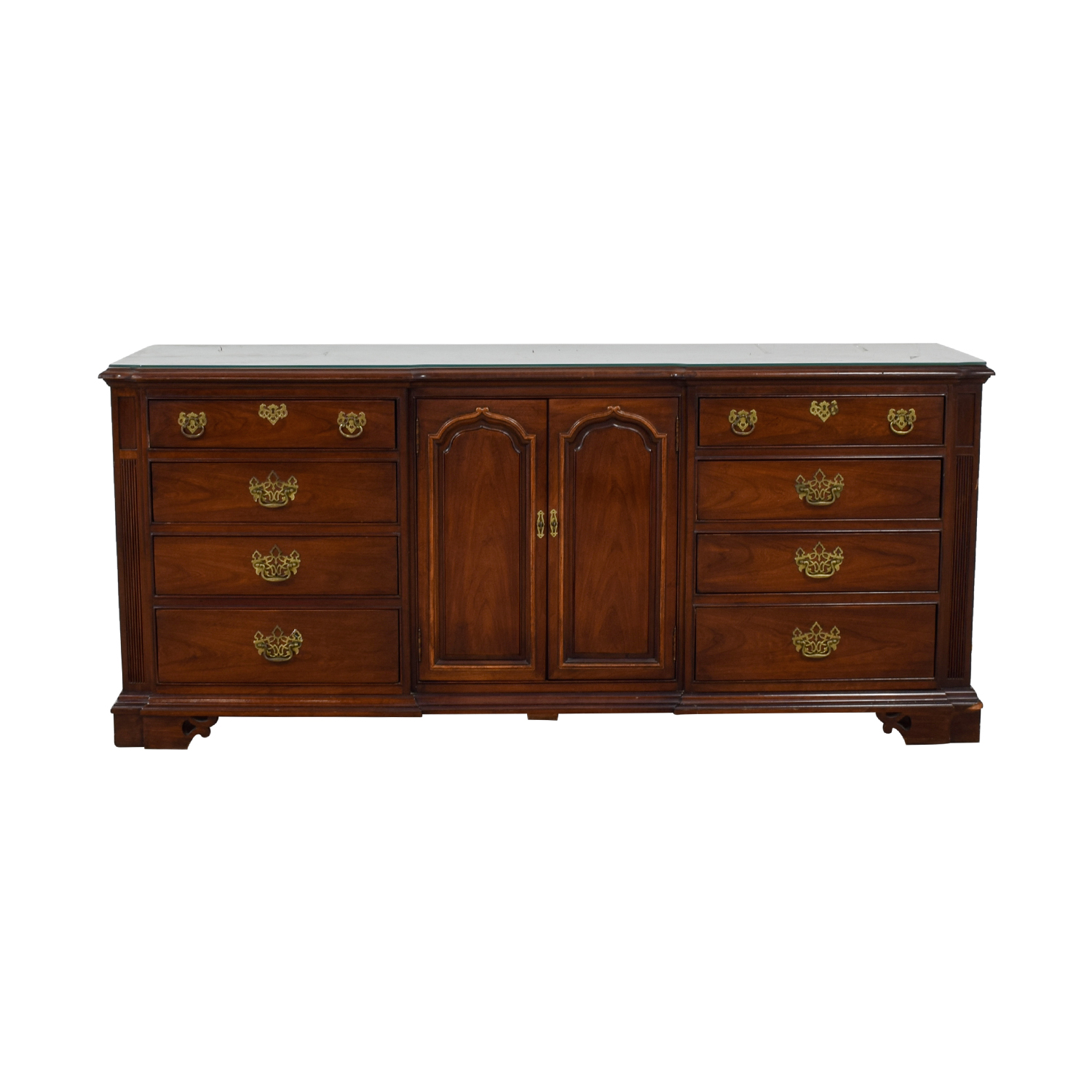 shop Thomasville Cherry Wood Twelve-Drawer Dresser Thomasville Sofas
