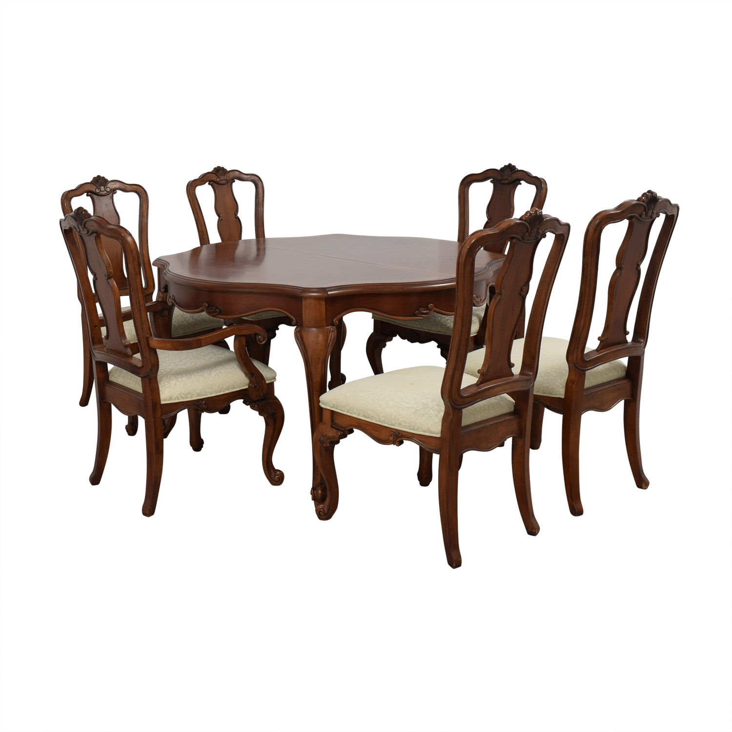 Macy's Macy's Dovetailed Wood Extendable Dining Set second hand