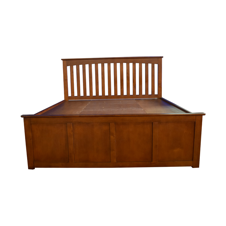 Raymour & Flanigan Raymour & Flanigan King Platform Bed Frame with Storage Drawers second hand