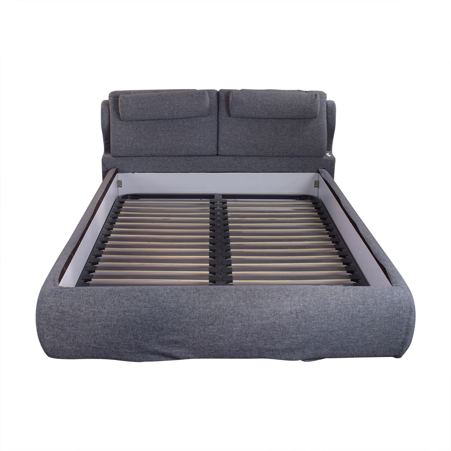 De Rucci De Rucci Full Size Bed with Back Cushions nj
