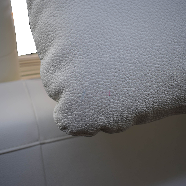 Modani Modani White Leather Platform King Bed Frame White / Beech