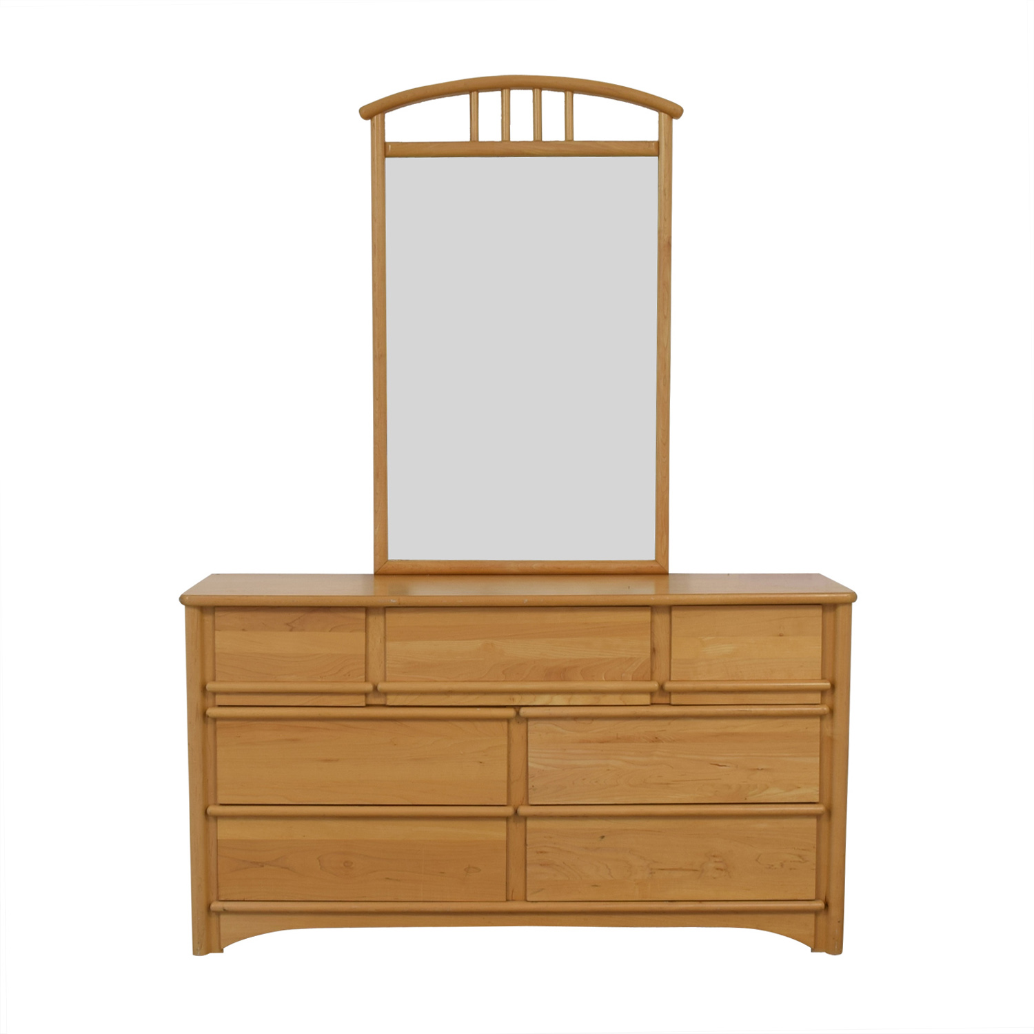 Stanley Furniture Seven-Drawer Dresser with Mirror / Sofas