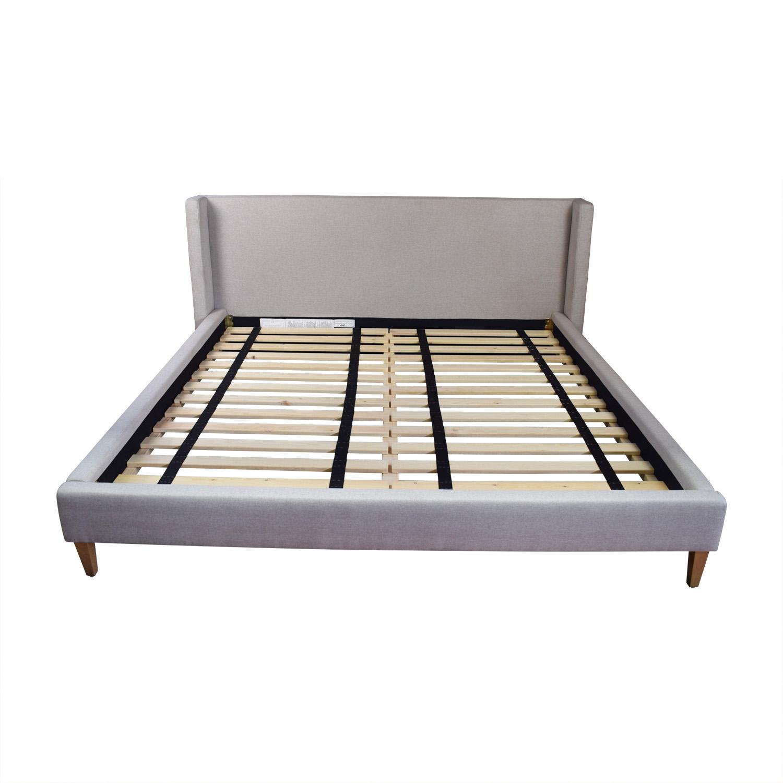 54% OFF - Oliver Dune Platform King Bed Frame / Beds
