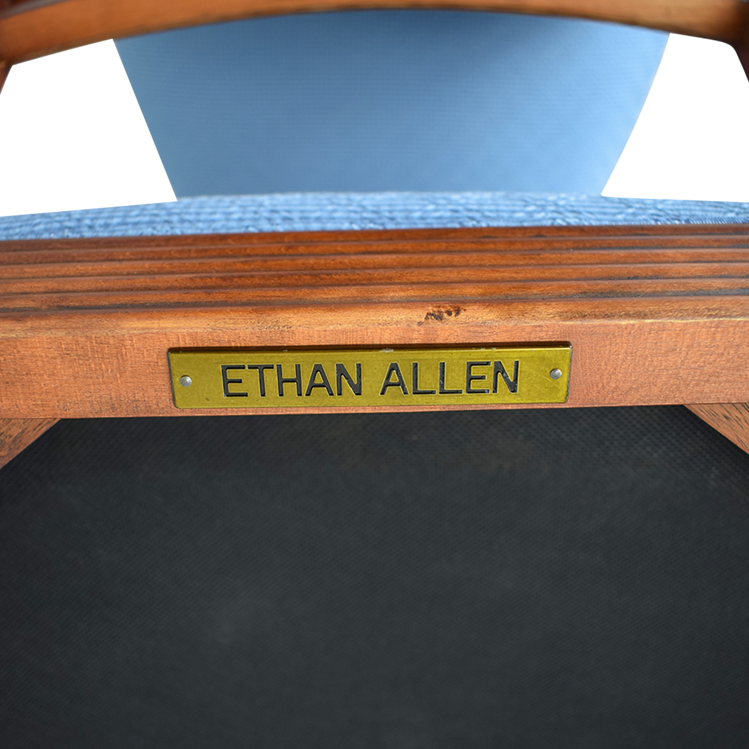 buy Ethan Allen Round Extendable Dining Set Ethan Allen Tables