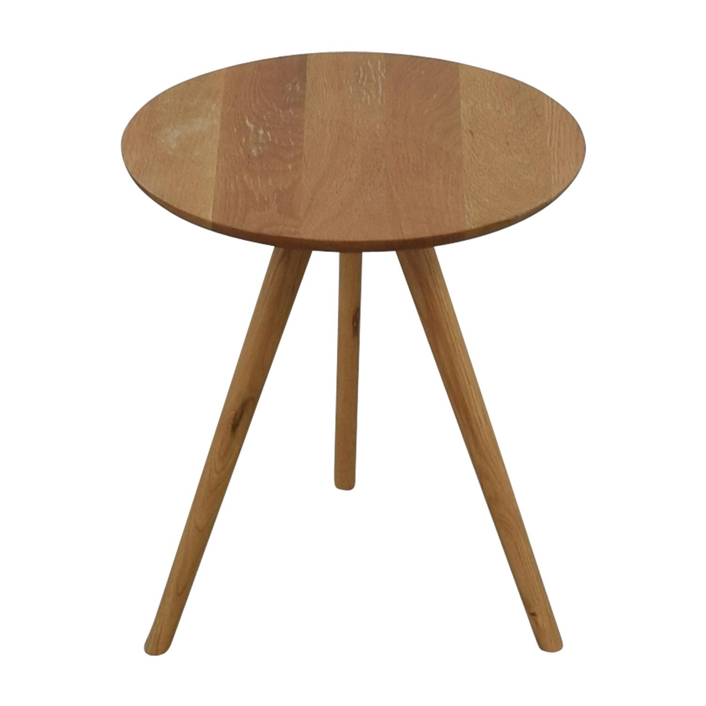 shop Akron Elo Round Side Table Akron Tables