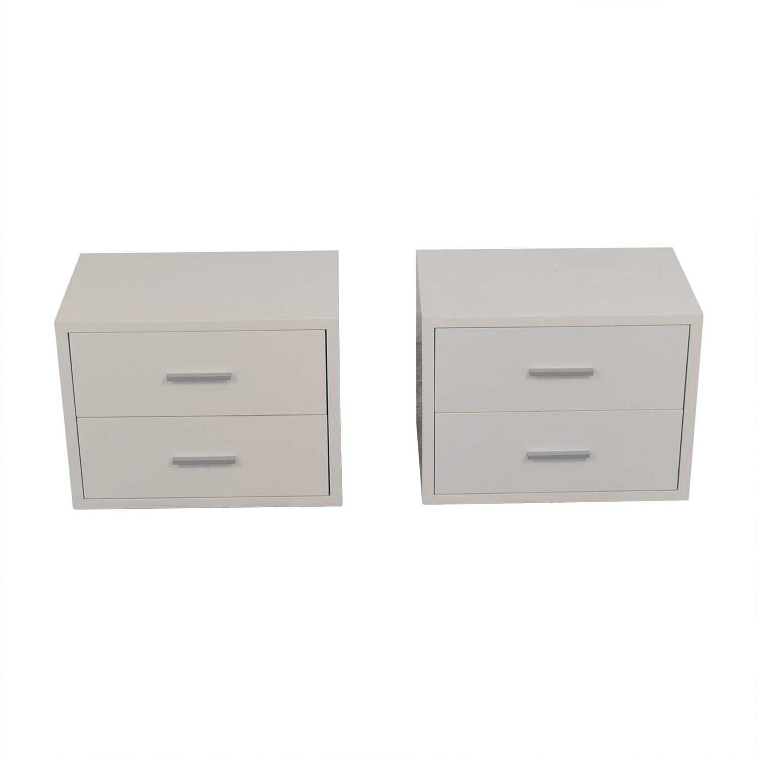 Modani Modani Vito White Two-Drawer Night Stands second hand