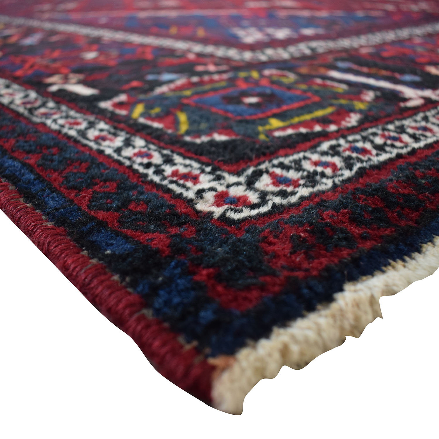 Picture of: 90 Off Diamond Burgundy Red And Navy Blue Rug Decor
