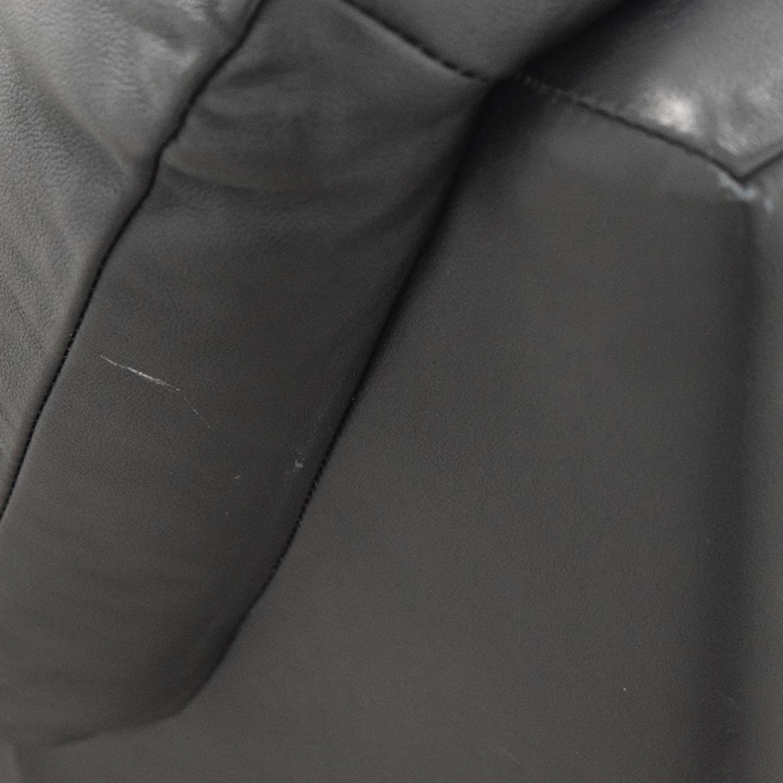 Natuzzi Natuzzi Black Leather Two-Cushion Recliner Loveseat nj