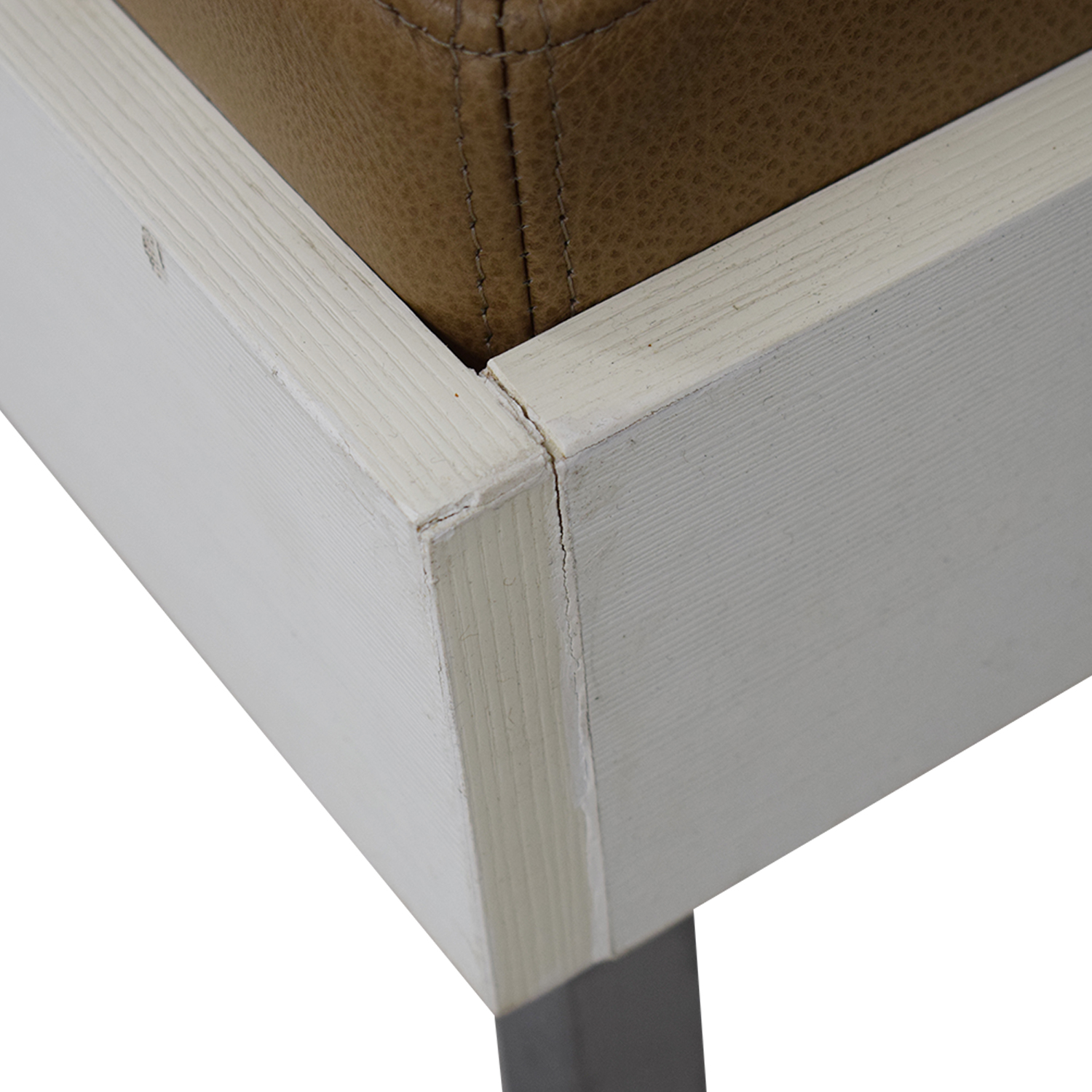 Furniture Masters Furniture Masters Wood and Leather Tufted Bench white and brown