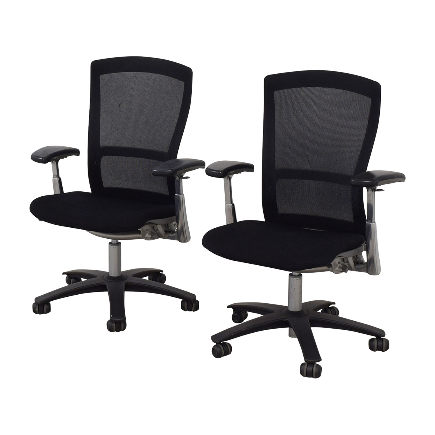 Knoll Life Black Desk Chairs / Tables